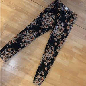 H&M Floral Print Stretch Pants.